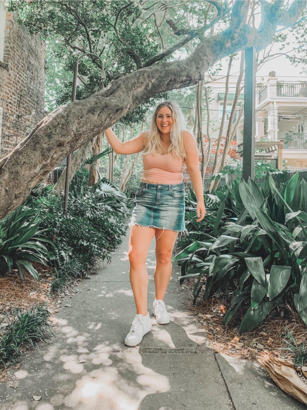 Alexa Carter- Kick Off Summer In Style